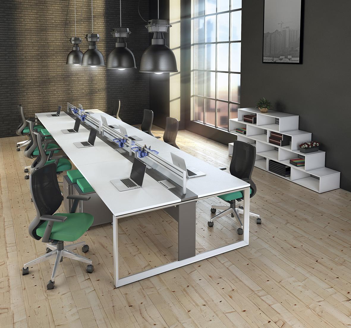 Espaço para atividade colaborativa com Estação de Trabalho Aluminium da RS Design.