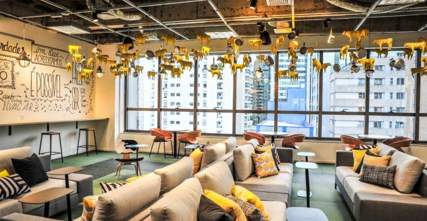 Campus de São Paulo do Google para mentoria de startups, conta com áreas bem descontraídas para conversas informais, porém altamente produtivas.