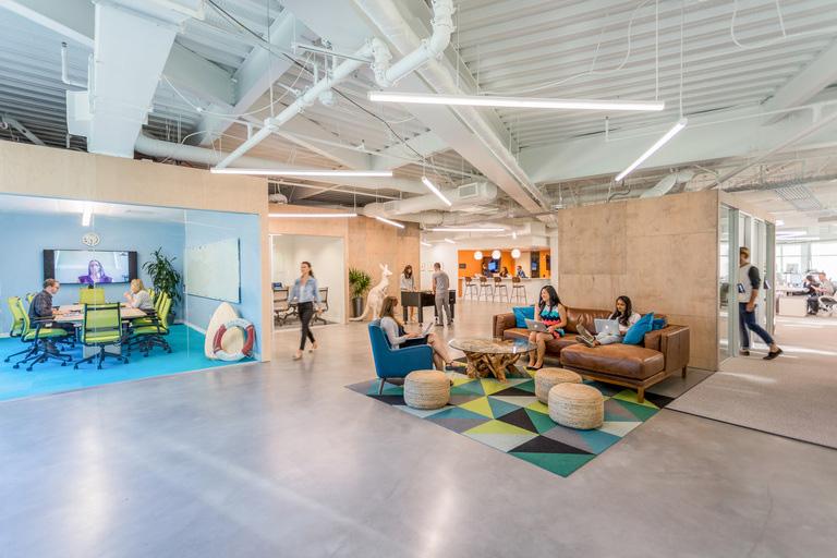 icentive-sua-equipe-a-se-movimentar-no-escritório-RS-Design-2