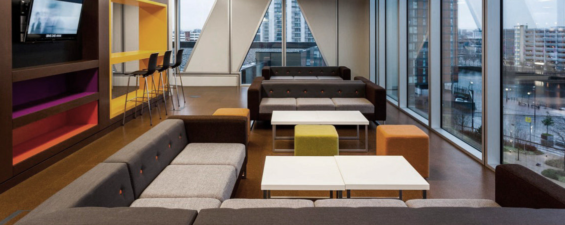 espaços-flexíveis-no-escritório-rs-design-1