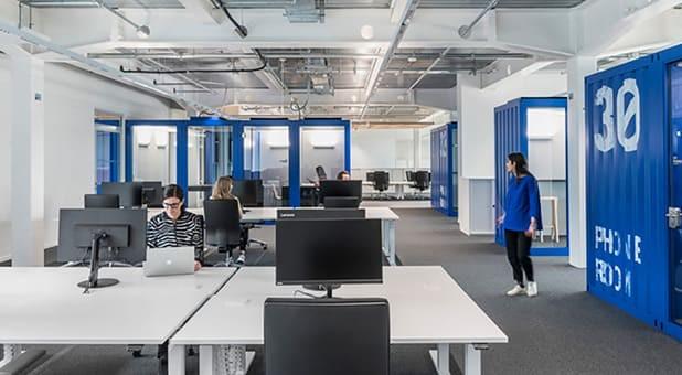 Os escritórios estão voltando e, para isso, empresários apostaram em mudanças estruturais.